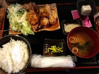 季節料理 新大阪 きらく 東口本店