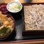 大門五六八そば - ミニ天丼セット 980円。