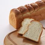 ニシカワパン - 料理写真:ボンジュール食パン