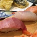 美代寿司 - どのネタも鮮度いいが、マグロに自信あり