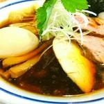 手打式超多加水麺 ののくら - 特製中華そば・醤油 980円