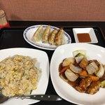 紅蓉軒 - スーパイコ+炒飯小+餃子のセット 1000円