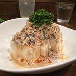 創作麺工房 鳴龍 - 「しらす冷やっこ」400円