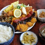 松の家 - 長男 まんぷく定食 1,480円