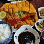 松の家 - 私 ずっこけわらじとんかつ定食 1,100円