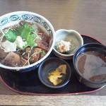 まぐろ食堂 まりん - まぐろ漬け炙り丼780円(税込)