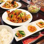 福隆 - 豚肉とキャベツの味噌炒めセット