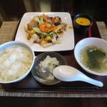 杏仁坊 - 八宝菜 杏仁豆腐付き