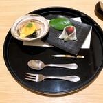 日本料理 伊せ吟 - 水物 甘酒のブリュレ 甘味 苺大福