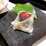 日本料理 伊せ吟 - 甘味 苺大福