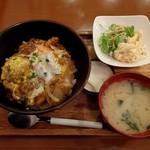 ふじ田 - 稚内丼A(1130円)
