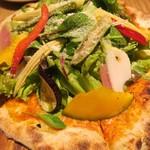 おやさいガーデンTIERRA - 野菜ピザ
