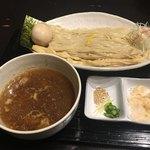 83679357 - 味玉つくば茜鶏つけ麺(930円)