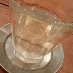Bumbuku - 國友農園の自生茶は清んだ旨味