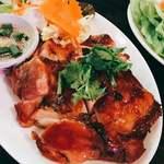 タイ食堂 ヤムヤムサイアム - タイのローストチキン