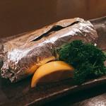 トギヤチョウ酒場 ミツノヤ - 若鶏バターホイル焼き