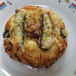 ヤマネコ - 料理写真:オイルサーデンのフォカッチャ