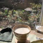 WAEN - ほうじ茶ラテ