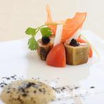 シトロニエ - 穴子のふんわりした食感がポイント『明石産穴子とトマトの燻製』