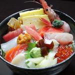 絆の海鮮丼