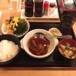 83711342 - ハンバーグ定食 サラダバー付 @500円