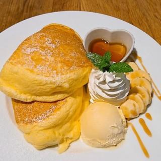 たっぷりリコッタチーズ使用のふわふわパンケーキ