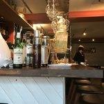 イタリアンレストラン&バー BARDI - オープンキッチン