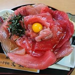 83718799 - 特製大和丼DX(2000円)