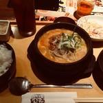 サムギョプサルと野菜 いふう - 白胡麻坦々スンドゥブ定食