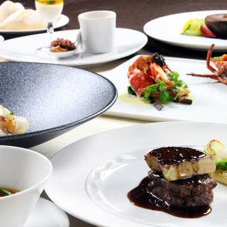 フレンチの鉄人、坂井シェフ監修の料理。