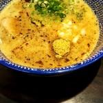 夢ノ弥 - 濃厚豚骨魚介三代目つけ麺にしました(750円)。