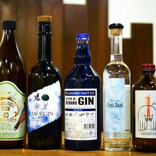 日本のお酒にこだわり有り!ジン・ラム・ウイスキーなど品揃え♪
