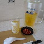 フォーサイゴン - たっぷりのお茶と炒ったピーナツはサービス♪