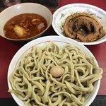 蓮爾 - 料理写真:【2018.3.31】小つけ麺¥850+巻きチャア¥200