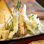 志奈乃 - 旬菜の天ぷら
