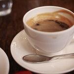 THE GLOBE Cafe - ケーキセットのコーヒー、これもおいしいです。