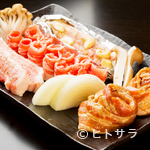 美豚 - やわらかくて脂の旨味が抜群、新鮮な宮崎県産豚肉を厳選して