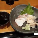 寿し安 - タコとホッキの刺身