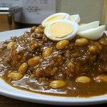 カレーショップ アルー - ゆで卵がナイス