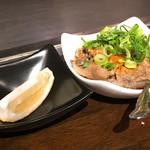 鉄板焼 広島お好み焼 ぶち - すじポン