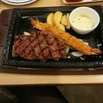 ステーキガスト - 料理写真:熟成赤味ステーキ&海老フライ