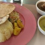 スリランカカリーの店 アンマー・カリヤ - 料理写真:ランチスペシャルセット(チキンカレー、茄子カレー)