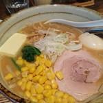 83755247 - 味噌ラーメン+味玉、バターコーン