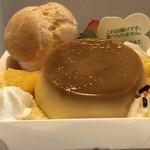 シャトレーゼ - 料理写真:☆イースタープリンア・ラ・モード¥298…カラオケ ビッグエコーへの持ち込みで購入しました♪