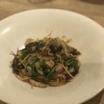クラッティーニ - 蛍烏賊とふきのとうのスパゲッティ、春の香る野菜もたくさん
