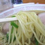 中国飯店 - 麺は前回の印象と同じ、中太のなめらかストレート麺。