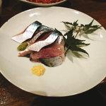 たついち - 料理写真:松輪のゴマサバのお刺身