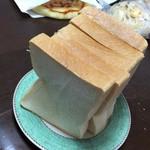パン工房 麦のアトリエai - 食パン