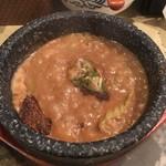 83766787 - 魚介濃厚ブルーチーズソースつけ麺 スープ