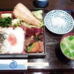 ごはんや デンスケ - 日替わり定食(縞ホッケ)750円